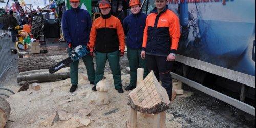 2010-03-12 ZSL w Zagnańsku na X Targach Przemysłu Drzewnego…