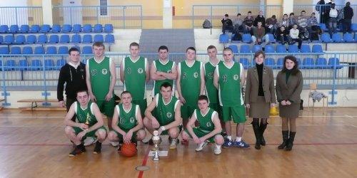 2010-03-17 Mistrzostwa powiatu kieleckiego szkół ponadgimnazjalnych w koszykówce
